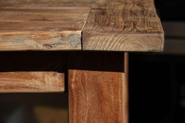 tische aus altem holz exklusive holztische und st hle wooden affairs vintage und shabby chic. Black Bedroom Furniture Sets. Home Design Ideas